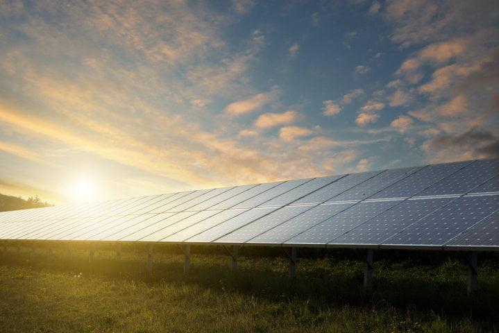 Solar_panel_renewable energy (FILEminimizer)