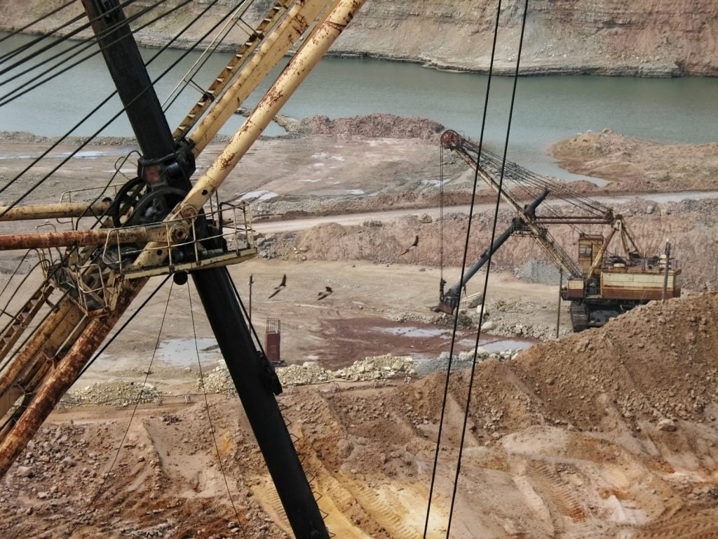 Dredges in career on extraction of minerals